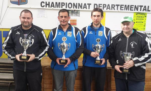 champions de petanque CD22 tregueux